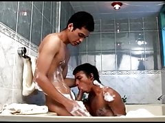 latino-boy-bareback-in-the-shower