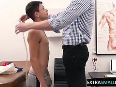 petite-twink-barebacked-by-his-doctor